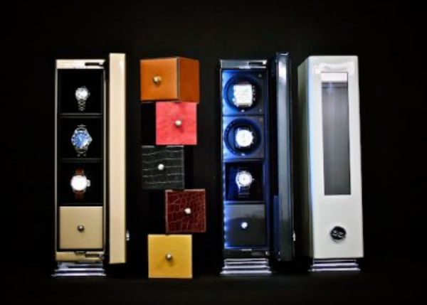 Glass Tube Urban: a display cabinet for watches synonymous with modernity, aesthetics, comfort and safety 3